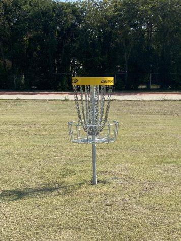 Frisbee Golf Flying High On Campus